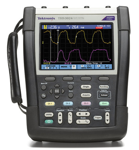 TEK-THS3014-TK - THS3000 Series Handheld Oscilloscope with travel kit: 100MHz, 4 Channel